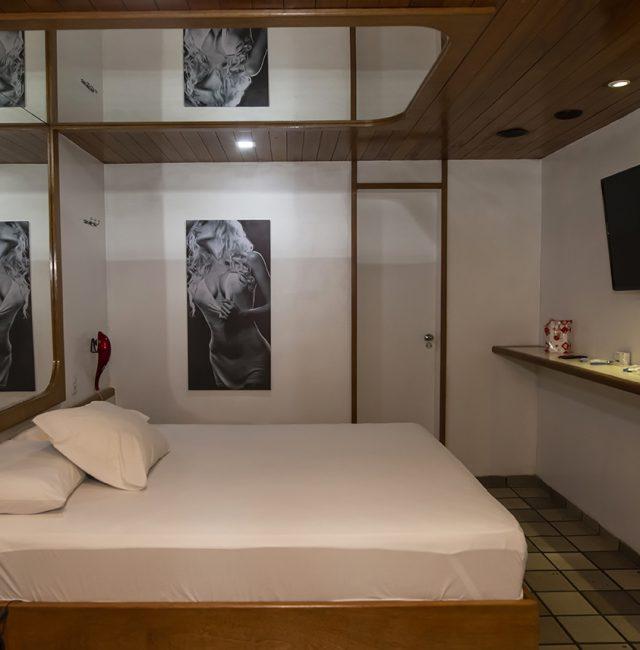 Hotel Comodoro Suite Simples 2